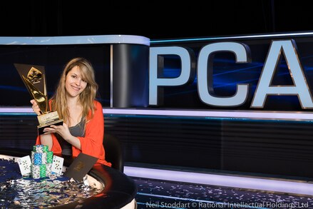 PCA 2018: Maria Lampropulos rides highs and low to triumph in Main Event