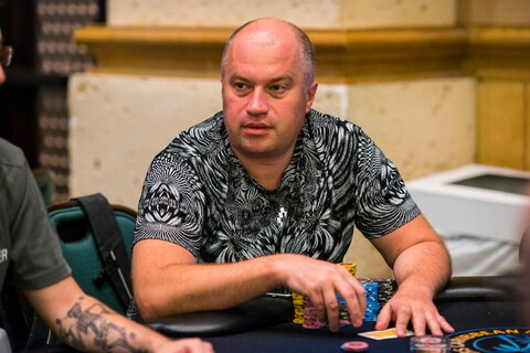 PCA 2018: Oleg Titov towers over field to end Main Event Day 2 on top