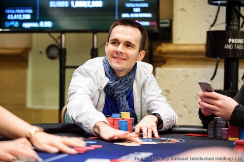 PCA 2018: Badziakouski leads but beers are on Petrangelo after Day 1 of the $25K