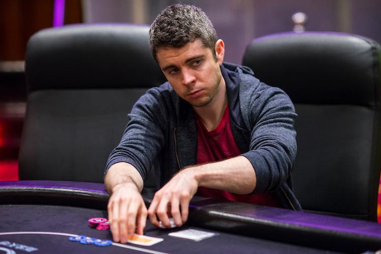 Tolle hand poker james bond poker cheating