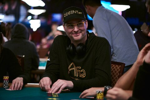 WSOP 2018: Is Hellmuth closing in on bracelet #15?