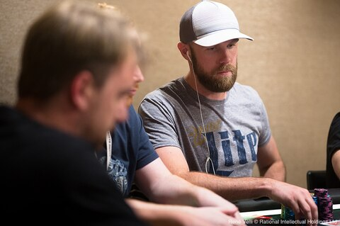 EPT Barcelona: Seth Davies leads final 18 in €10K High Roller