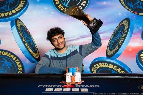 Martin Zamani defeats