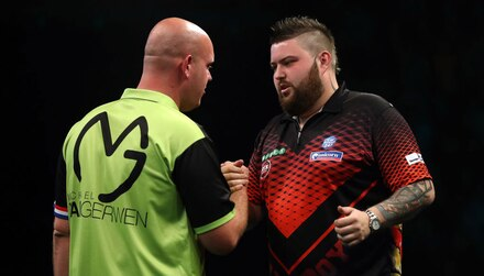 Premier League darts odds: Smith the biggest threat to MVG