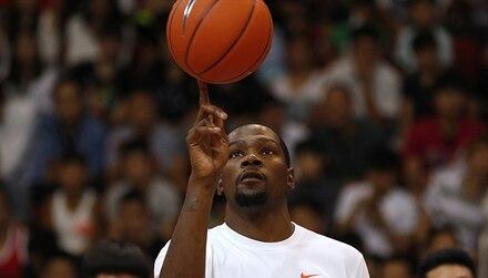 Nos Top Pronos NBA : le champion taille patron ?