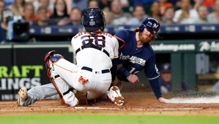 Brewers @ Astros: Verlander, Astros to host Brewers in second game of series