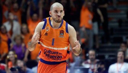 Pronósticos baloncesto Liga Endesa: Valencia Basket viaja a Murcia con el futuro de Ponsarnau en el aire